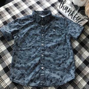 Boys button down shirt sleeve shirt